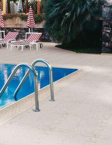 Piscinas - Remate piscina Orlando con baldosa Trena - Verniprens